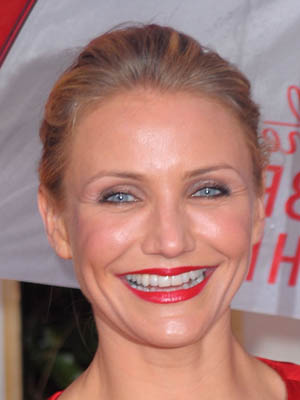 Cameron Diaz at the 2010 Golden Globe Awards 2010-01-17 18:08:55