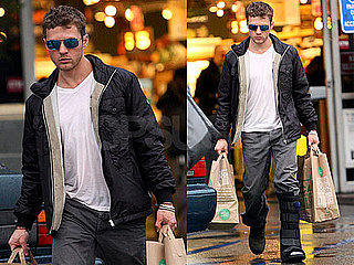 Photos of Ryan Phillippe Leaving a LA Supermarket
