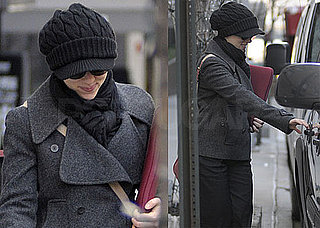 Photos of Scarlett Johansson Leaving Her NYC Apartment 2010-01-28 12:30:00