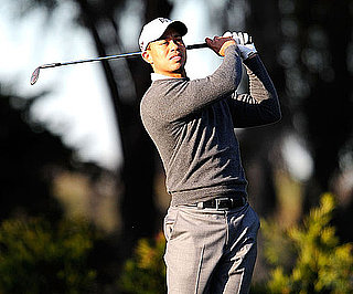 Slide First Photo of Tiger Woods Golfing After Car Accident