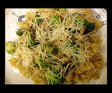 Broccoli and Cheese Pasta