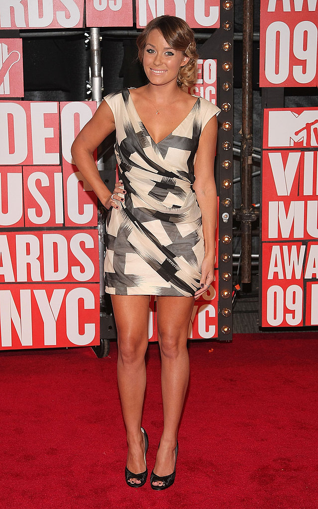 Attending the 2009 MTV Video Music Awards in a Diane von Furstenberg dress and Jimmy Choo heels.