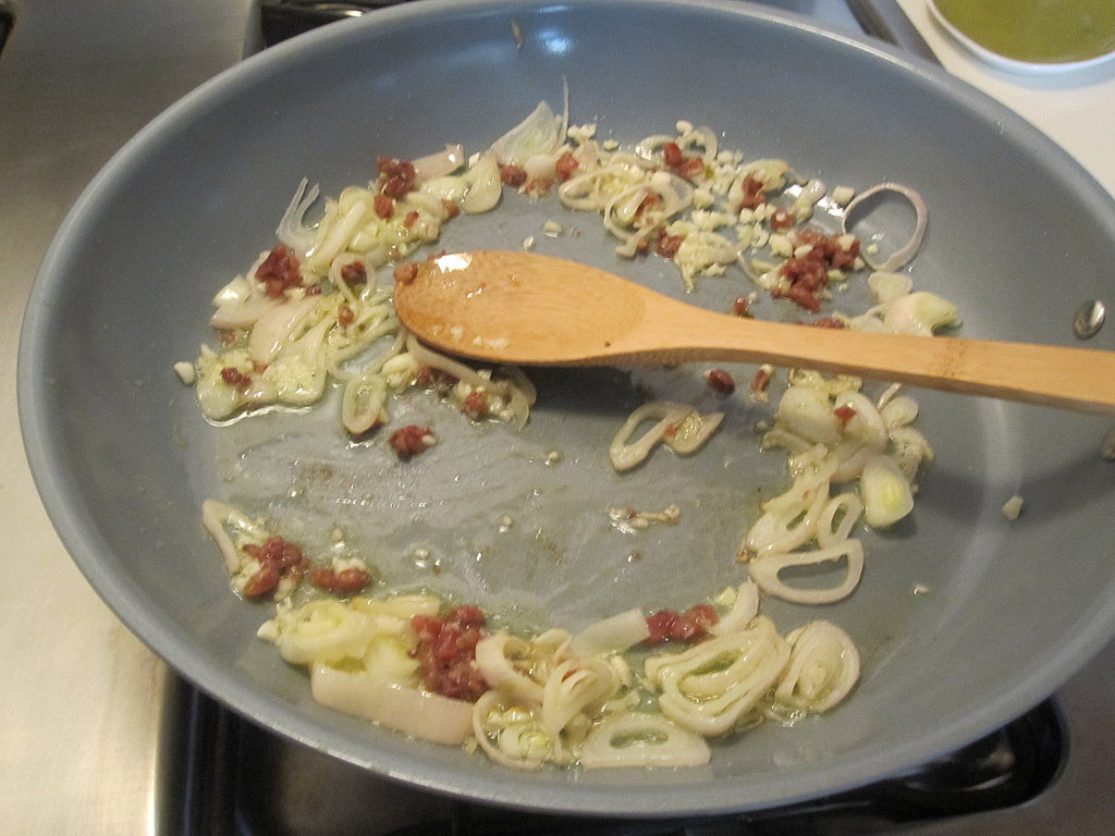 Pasta With Anchovies and Garlic