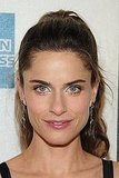Amanda Peet Walks the Red Carpet