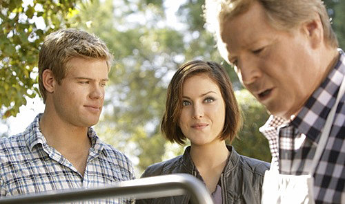 "Recap 90210 Episode ""Meet the Parent"""