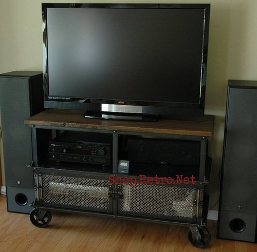Living Room Update: Flat screen stand and coffee table on caster wheels