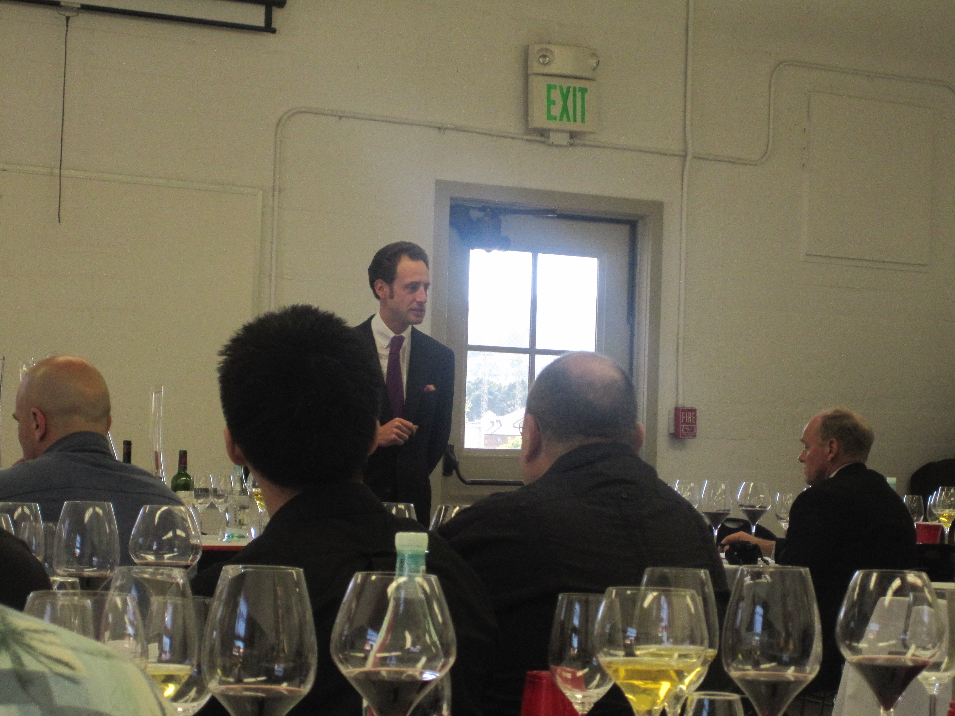Maximilian Riedel led the discussion.