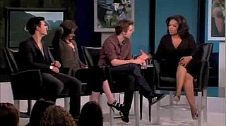 Video of Robert Pattinson, Kristen Stewart And Taylor Lautner on Oprah Promoting Eclipse 2010-05-12 10:00:00