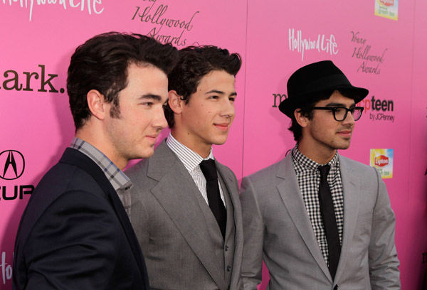 Photos From The Young Hollywood Awards