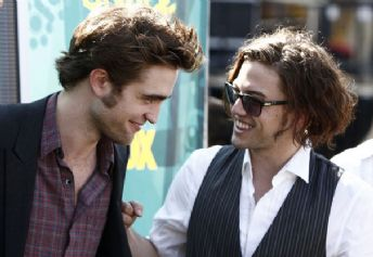 Jackson Rathbone Talks About Jamming On Set With Robert Pattinson