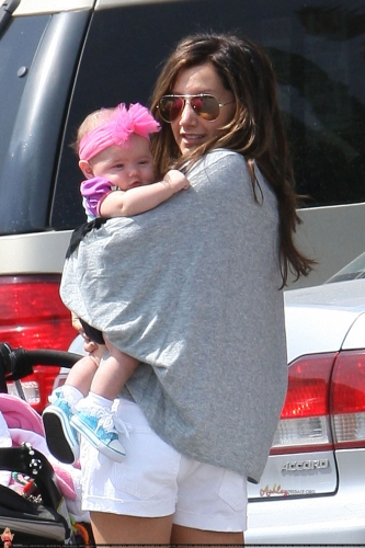 Out in LA with Mikayla Dawn and Mom