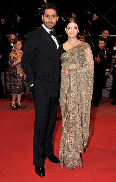Aishwarya Rai wore a beautiful beaded sari to the premiere of Outrage.