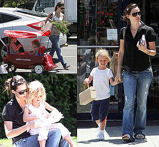 Pictures of Jennifer Garner with Violet and Seraphina over Memorial Day Weekend