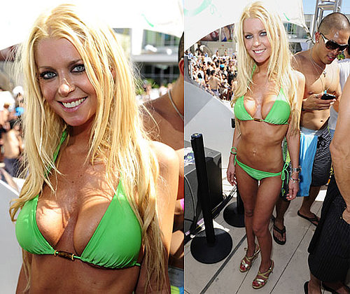Pictures of Tara Reid in a Bikini at the Love Festival in Las Vegas 2010-06-01 16:30:08
