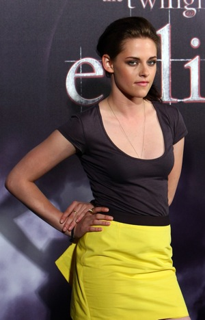 Kristen Stewart Apologizes For Comparing Fame to Rape