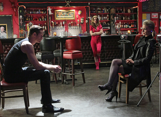 New True Blood Season 3 Photos