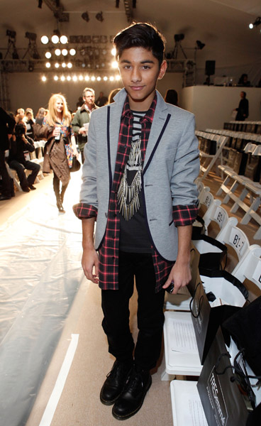 Mark looked super fly in mixed prints at  the front row of Charlotte Ronson's Fall show.