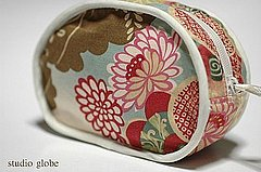 Kimono print zipper pouch