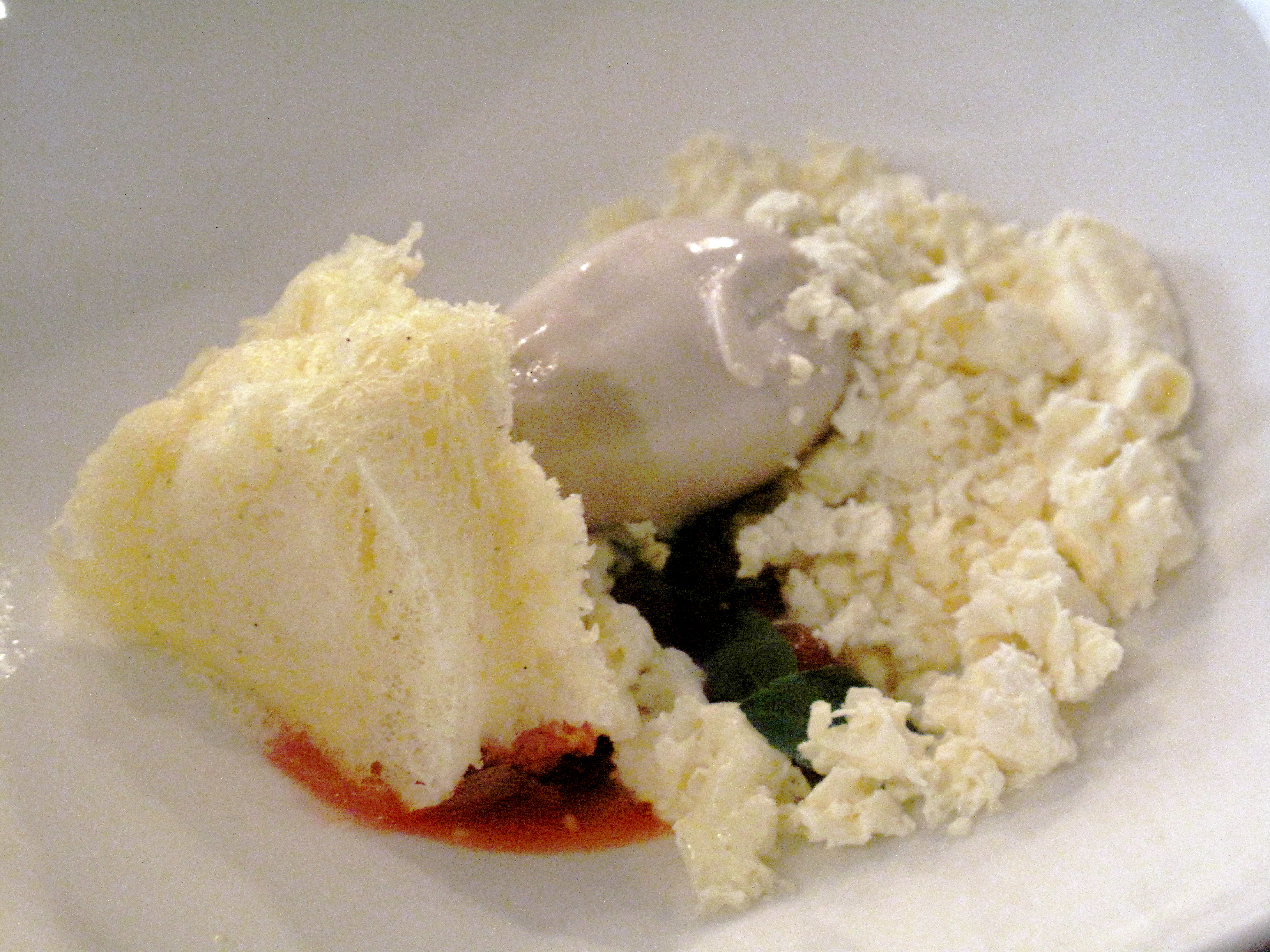 The microwaved cake was served on compressed strawberries (compressed fruit was everywhere in Aspen) with homemade bean ice cream and lemon curd chips.