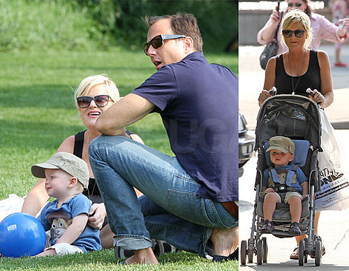 Pictures of Amy Poehler and Will Arnett With Archie