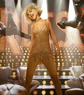 First Look at Christina Aguilera in Burlesque