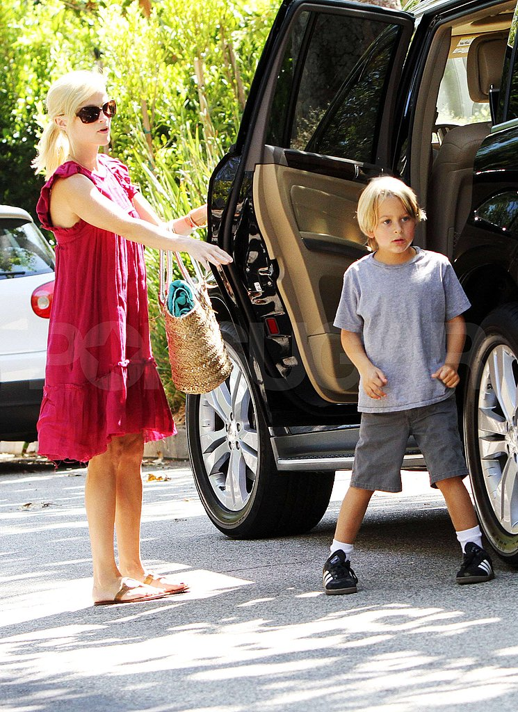 Pictures of Reese Witherspoon With Deacon and Jim