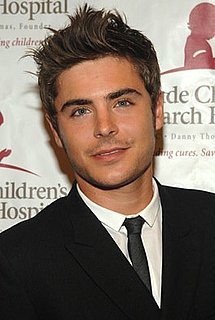 Zac Efron to Star in Workplace Comedy and Voice Anakin Skywalker in Robot Chicken Star Wars Special 2010-07-13 10:47:01