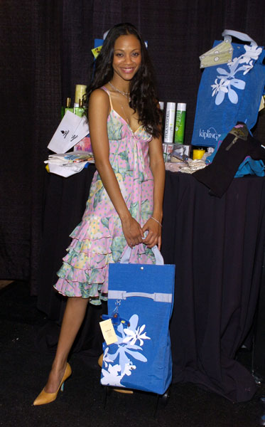 Zoe in ruffled floral tiers at the Hollywood Life's Young Hollywood Awards in '04.