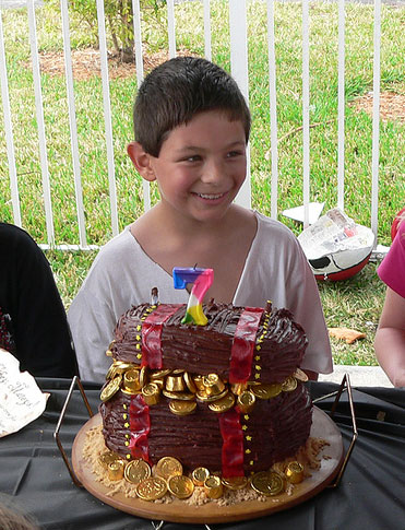 Share Photos of Your Child's Seventh Birthday Cake!