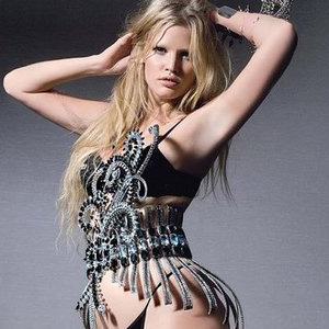 Lara Stone Suing French Playboy Over Unauthorised Photos