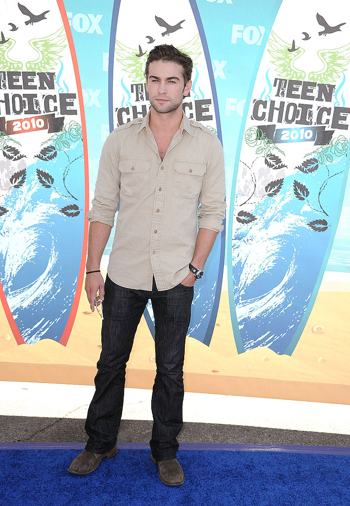 Chace Crawford goes scruffy sexy.
