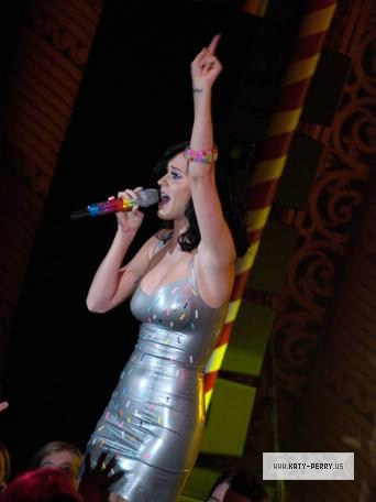 Katy Perry's Teenage Dream!