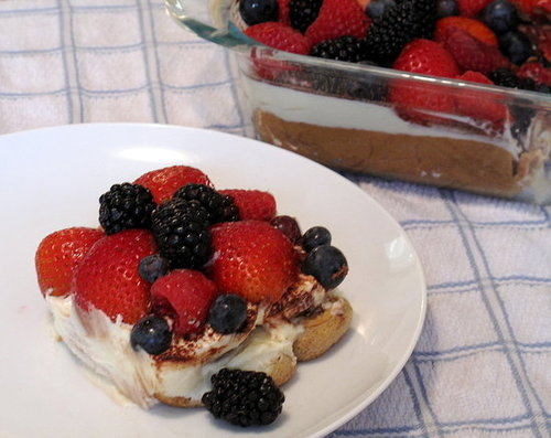 Easy Berry Tiramisu Recipe
