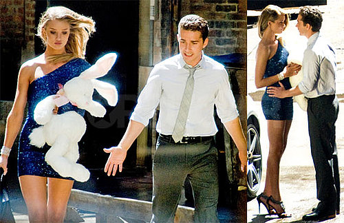 Pictures of Shia LaBeouf and Rosie Huntington-Whiteley on the Set of Transformers 3 2010-08-27 11:00:00
