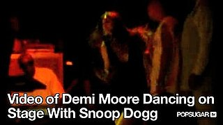 Video of Demi Moore Dancing on Stage With Snoop Dogg 2010-08-31 09:40:34