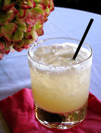 Happy Hour: Tommy's-Style Margarita