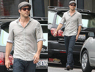 Pictures of Buried Star Ryan Reynolds Getting Lunch in LA