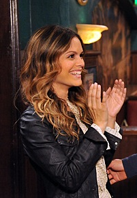 Rachel Bilson's Style on How I Met Your Mother