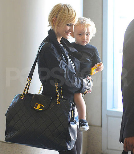 Pictures of Ashlee Simpson With Short Blond Hair and Bronx