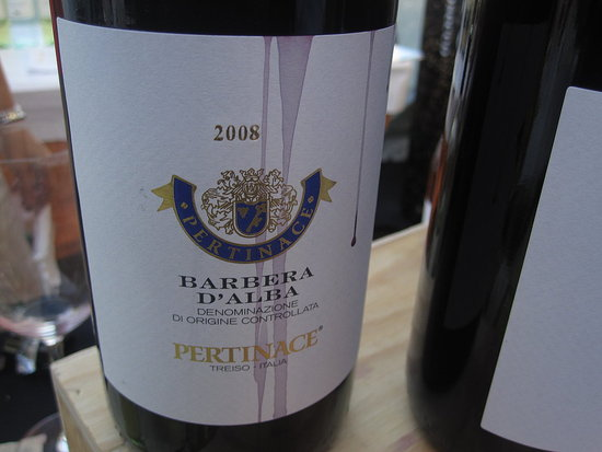 There's nothing like an elegant, full-bodied red, and the Pertinace '08 Barbera D'Alba was all of these things!