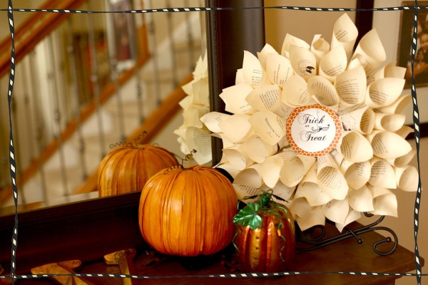 Make a Halloween paper wreath with the Crafting Chicks.