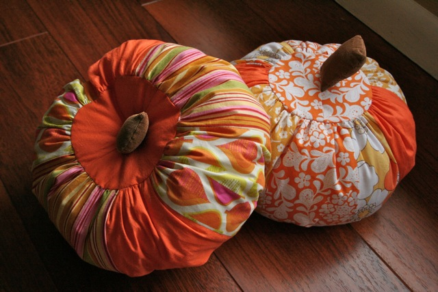 Create this scrappy pumpkin decoration with Prudent Baby if you live in a climate that won't tolerate the real thing.