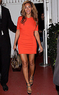 Beyonce Knowles Wearing an Orange Dress in Florida After Pregnancy Rumours
