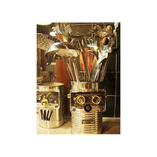 DIY Robot Utensil Holder (Free)