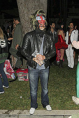 Leonardo Dicaprio(Kate Hudson's Halloween Party)