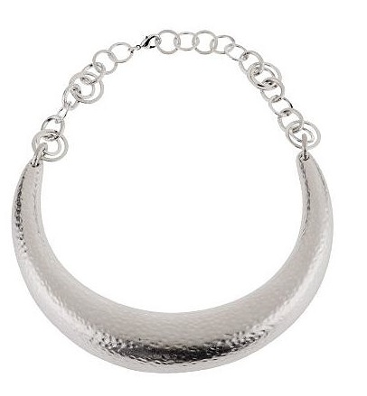 Rachel Zoe Hammered Horseshoe Necklace ($104)