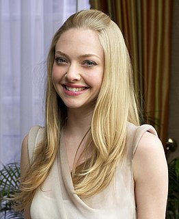 Amanda Seyfried Signs a Beauty Endorsement Deal With Cle de Peau 2010-10-28 12:00:29