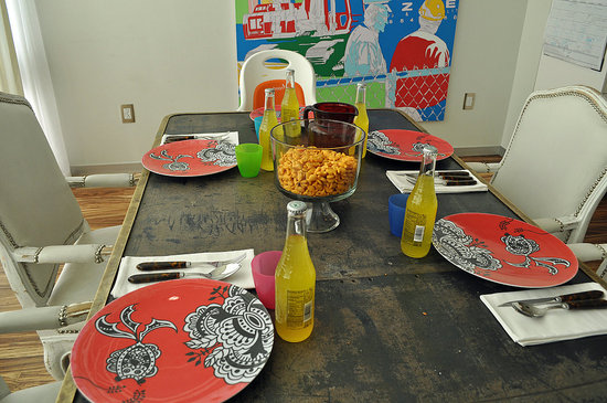Setting the Table With the Novogratz Family of SIXX Design