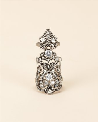 Knuckle Ring, $128