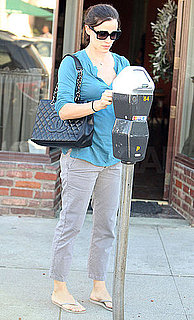 Pictures of Jennifer Garner Stopping by a Nail Salon in LA